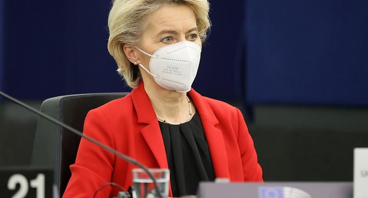 Etat de droit: Bruxelles promet d'agir contre Varsovie