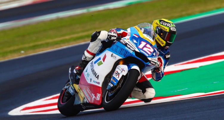 Moto2: Lüthi 14e, Lowes victorieux