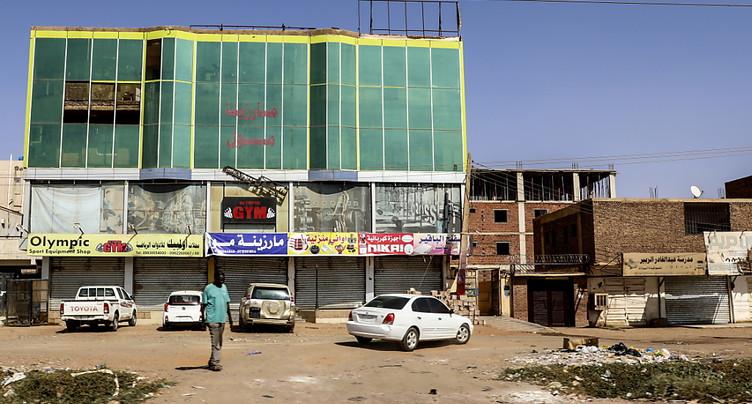 Nouveaux affrontements à Khartoum au quatrième jour du coup d'Etat