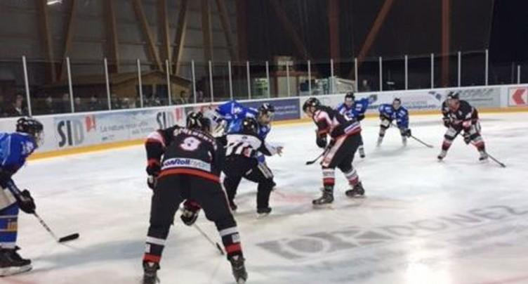 Une défaite face au leader pour le HC Delémont-Vallée