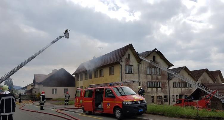 Un incendie est en cours à Bonfol