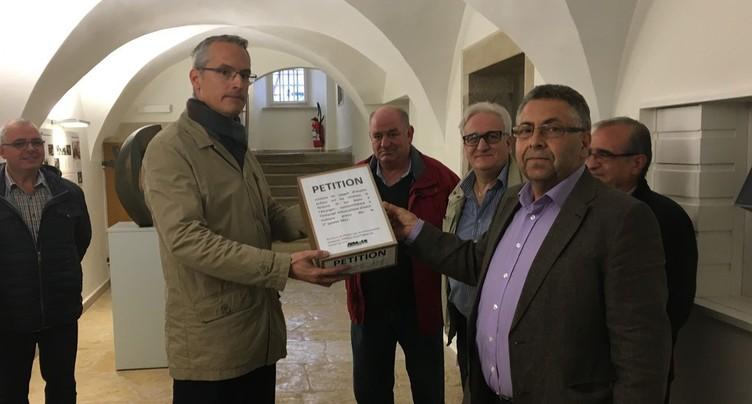 Une pétition pour alléger les pénalités fiscales
