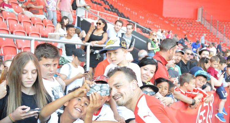L'équipe de Suisse rencontre ses supporters à Neuchâtel