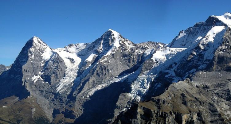 Un alpiniste chute et se tue sur le Mönch