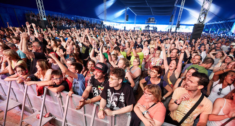 Mise en garde contre les sites de revente de billets de festivals