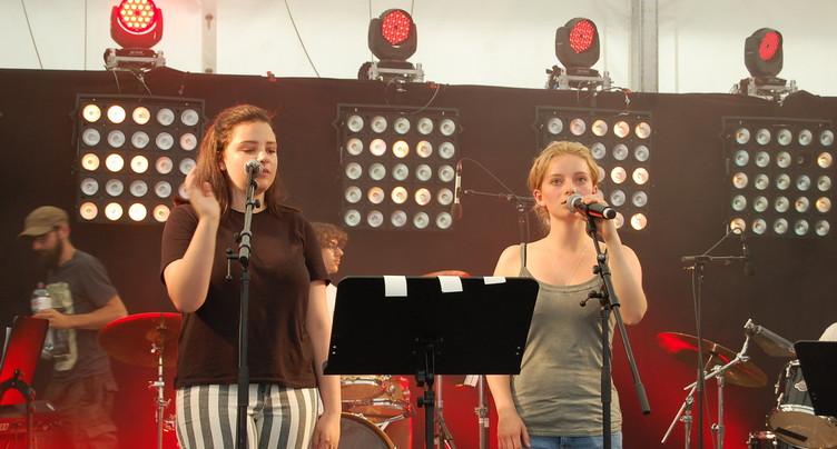 La jeunesse fête la musique
