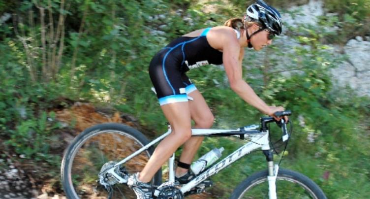 Titre national pour Loanne Duvoisin en cross-triathlon