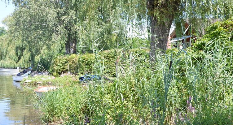 Les chalets du Sud du lac de Neuchâtel bientôt détruits?