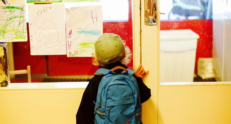 La mise à niveau des instituteurs de maternelle a la charge du canton