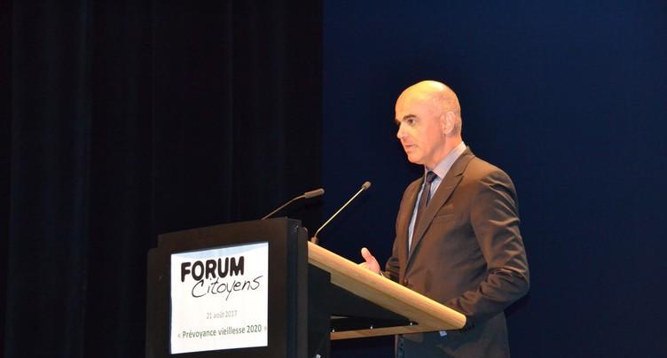 Porrentruy a accueilli Alain Berset pour débattre