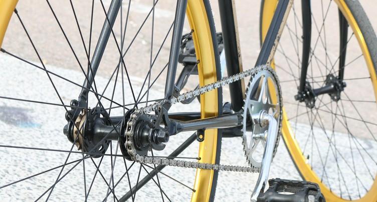 Deux cyclistes se percutent à Nidau