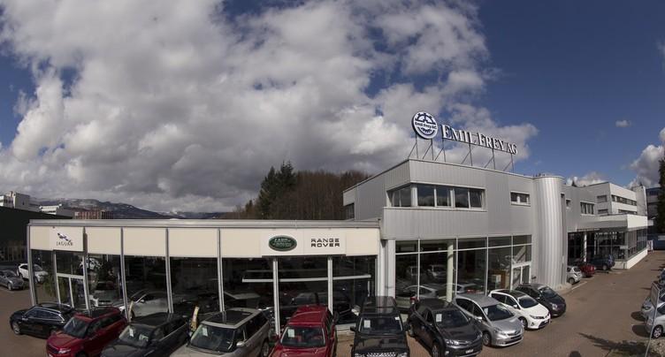 Incarnation de la nouveauté dans le monde automobile: le Range Rover Velar est à découvrir chez Emil Frey à Brügg
