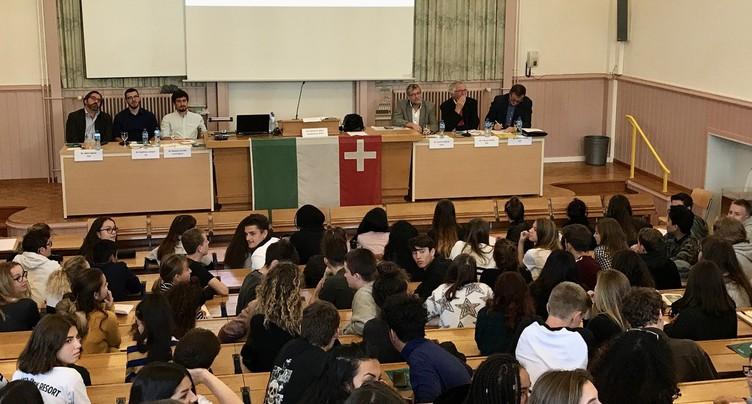 Le débat politique s'invite au lycée