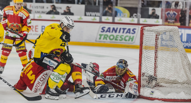 Le champion coupe l'élan du HC Bienne