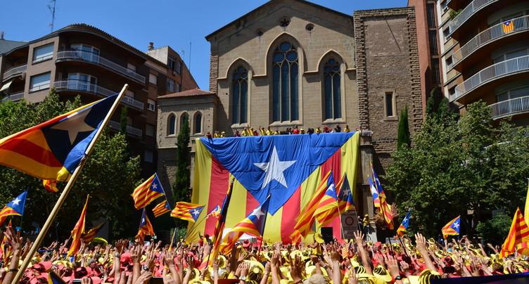 Le référendum catalan fascine et inquiète