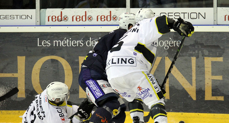 De nouvelles bandes pour protéger les hockeyeurs