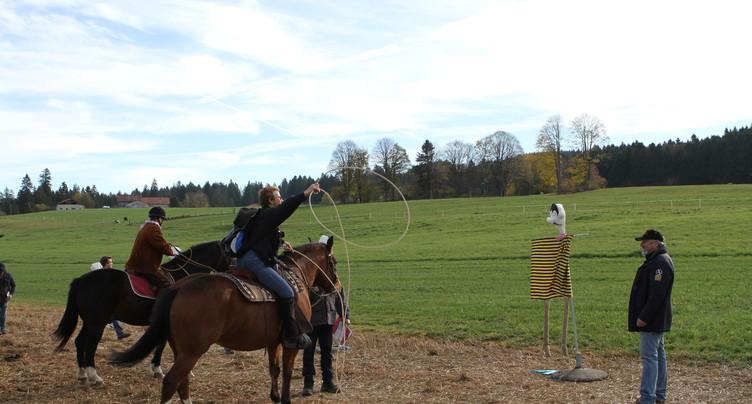 Un course d'orientation à cheval réunit 500 cavaliers à Saignelégier