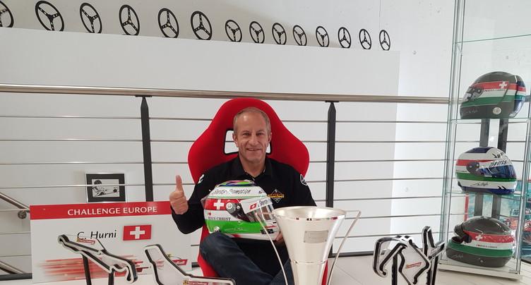 Christophe Hurni voit la vie en rouge