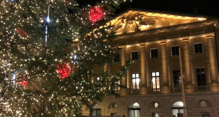 Neuchâtel se pare de mille lumières