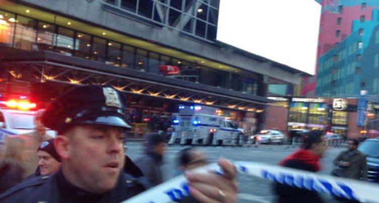 Trois blessés dans l'explosion d'une bombe artisanale à New York