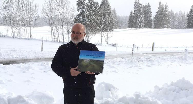 Les quatre saisons des Franches-Montagnes dans un livre