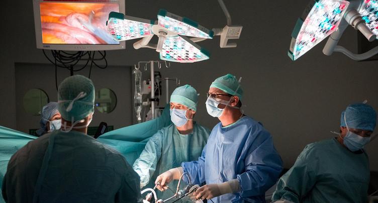Hôpital neuchâtelois : les autorités des Montagnes sont mécontentes
