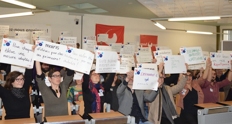 Des enseignants de toute la Suisse réunis à Neuchâtel