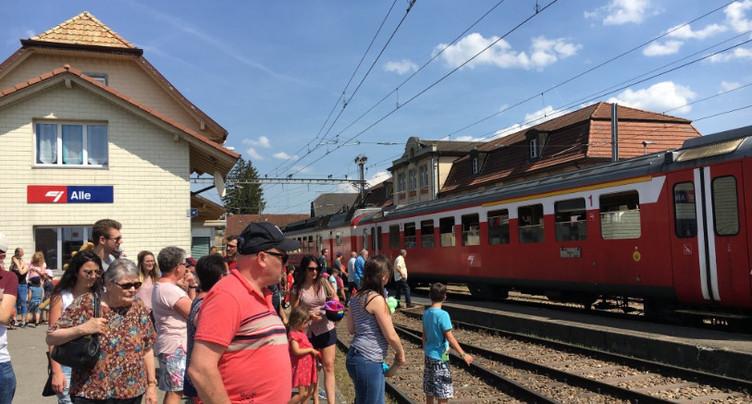 L'Ajoie célèbre son train rouge