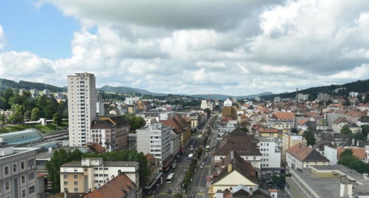 Face à face Canton-La Chaux-de-Fonds à huis clos