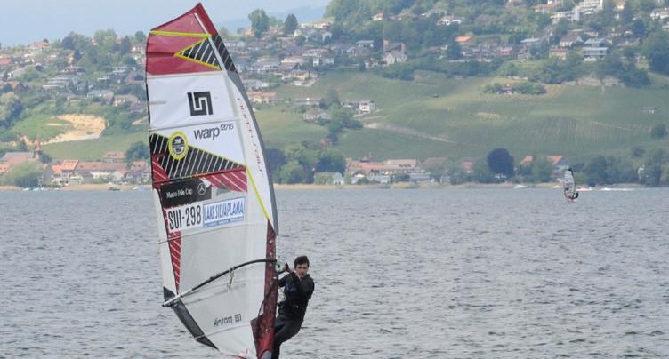 Planche à voile: l'appel du vent sur le lac de Neuchâtel