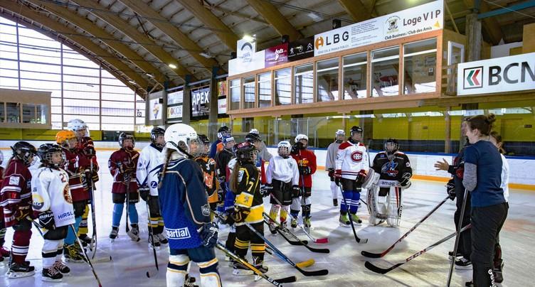 Stages de hockey pour filles
