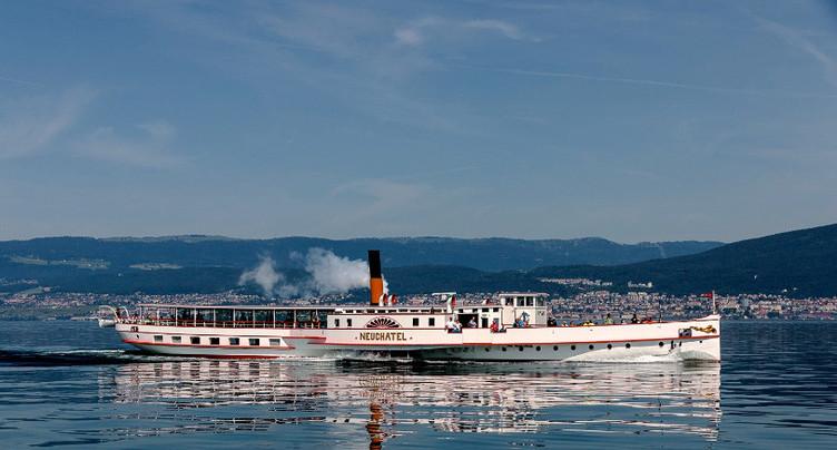 Navigation de nuit autorisée sur les lacs de Neuchâtel et de Morat