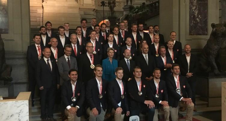 Les médaillés d'argent au Palais fédéral