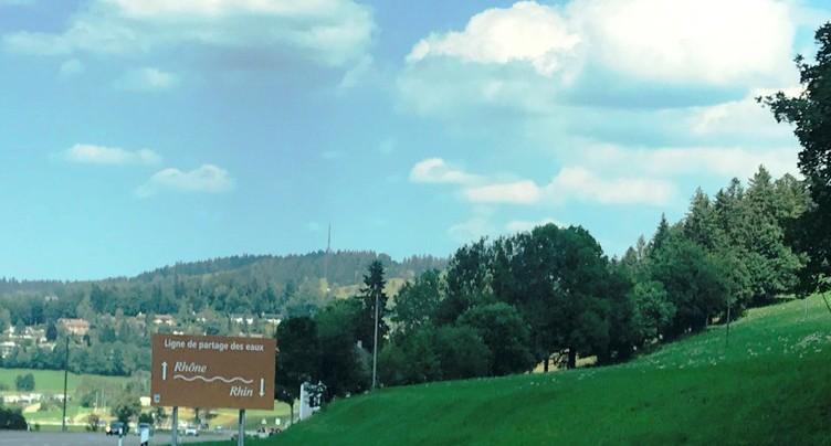 La Chaux-de-Fonds sur une ligne de partage des eaux