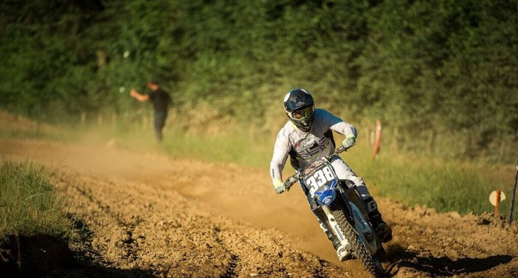 Motocross : Brian Raymondaz défend son trône avec brio