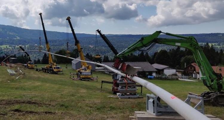 La conduite d'eau de St-Imier vers les Franches-Montagnes est posée