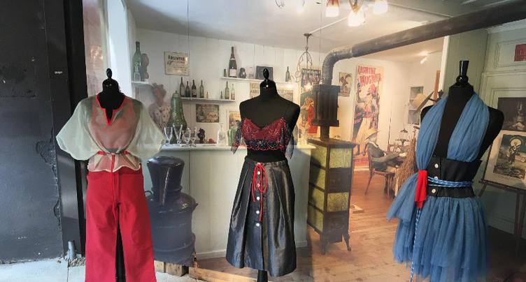 Première collection de vêtements d'une jeune créatrice