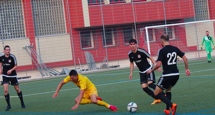 Le FC Le Locle chute face au leader