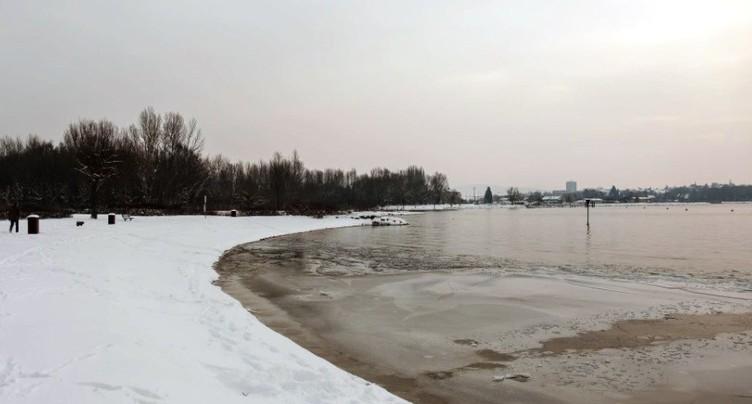 Des passionnés lancent une course en eau froide