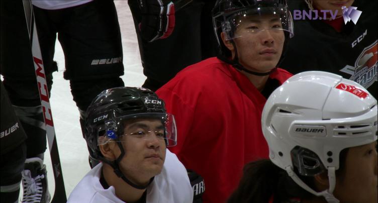 De jeunes hockeyeurs chinois se forment dans la région