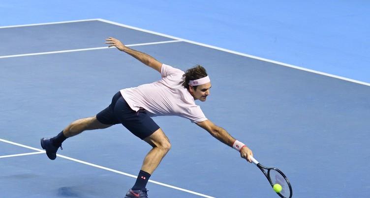 Roger Federer souffre, mais passe