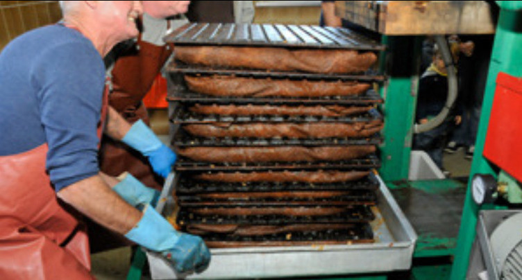 Tavannes : vers un record de production de jus de pomme