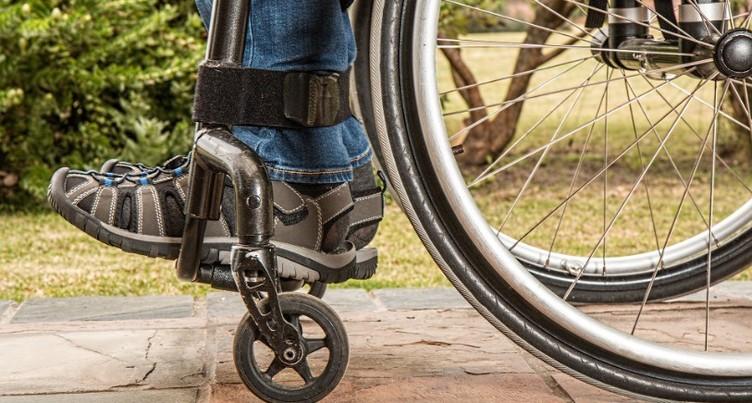Plan stratégique en faveur des adultes handicapés poursuivi