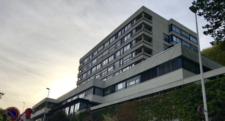 Hôpital de Moutier : le Gouvernement jurassien explique sa décision