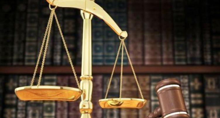 Au tribunal pour escroquerie et abus de confiance