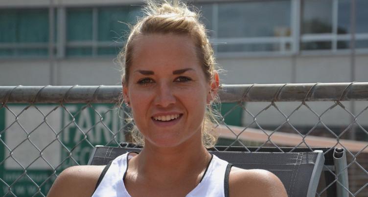 Conny Perrin reste en course à Roland-Garros
