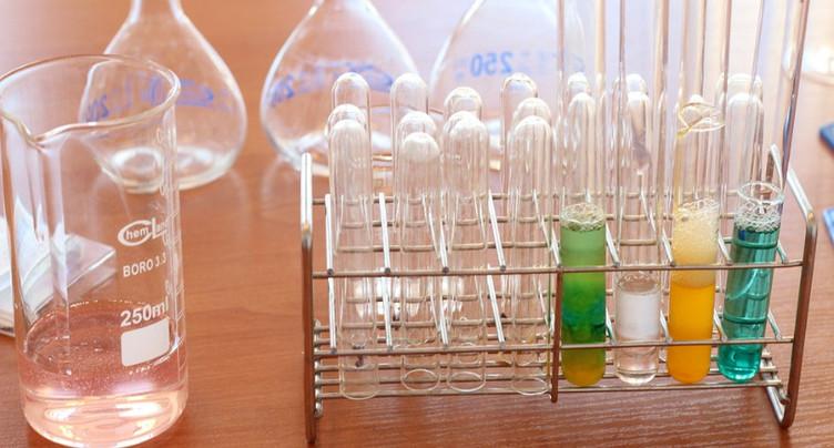 Labos de chimie scolaire à sécuriser