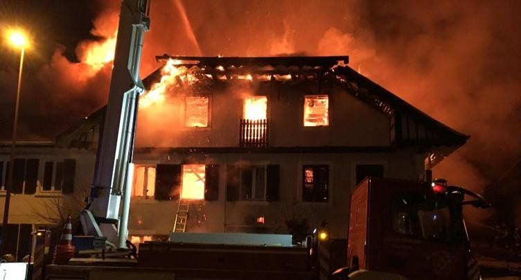 Un restaurant en feu à Lajoux