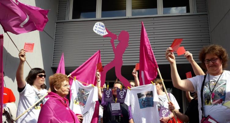 Le CEJEF déplace des examens pour la grève des femmes