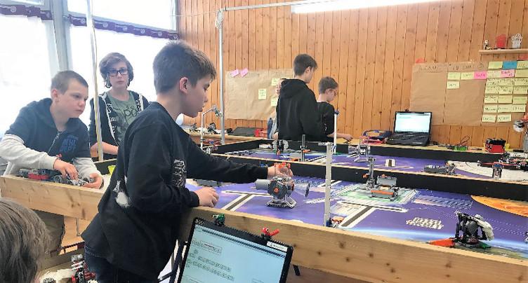 Jeunes et déjà roboticiens